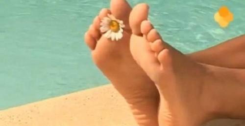 Le unghie coltivate trattamento fisso di una fotografia